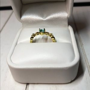 Jewelry - Dainty Yellow Gold Plated Silver Ring w/💙